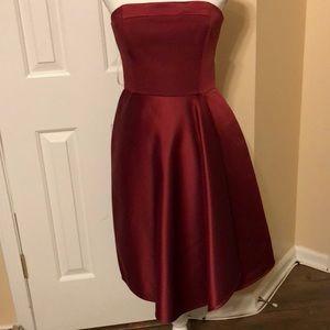 Stunning strapless NWT evening dress